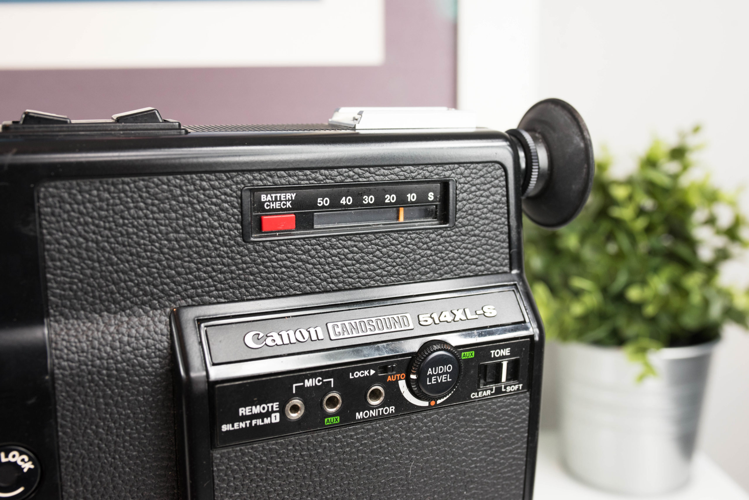 Film Meter- Super 8 Film Camera - Canon Canosound 514 XL-S - FilterGrade