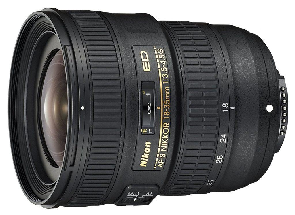 Nikon AF-S FX NIKKOR 18-35mm f/3.5-4.5G ED lens