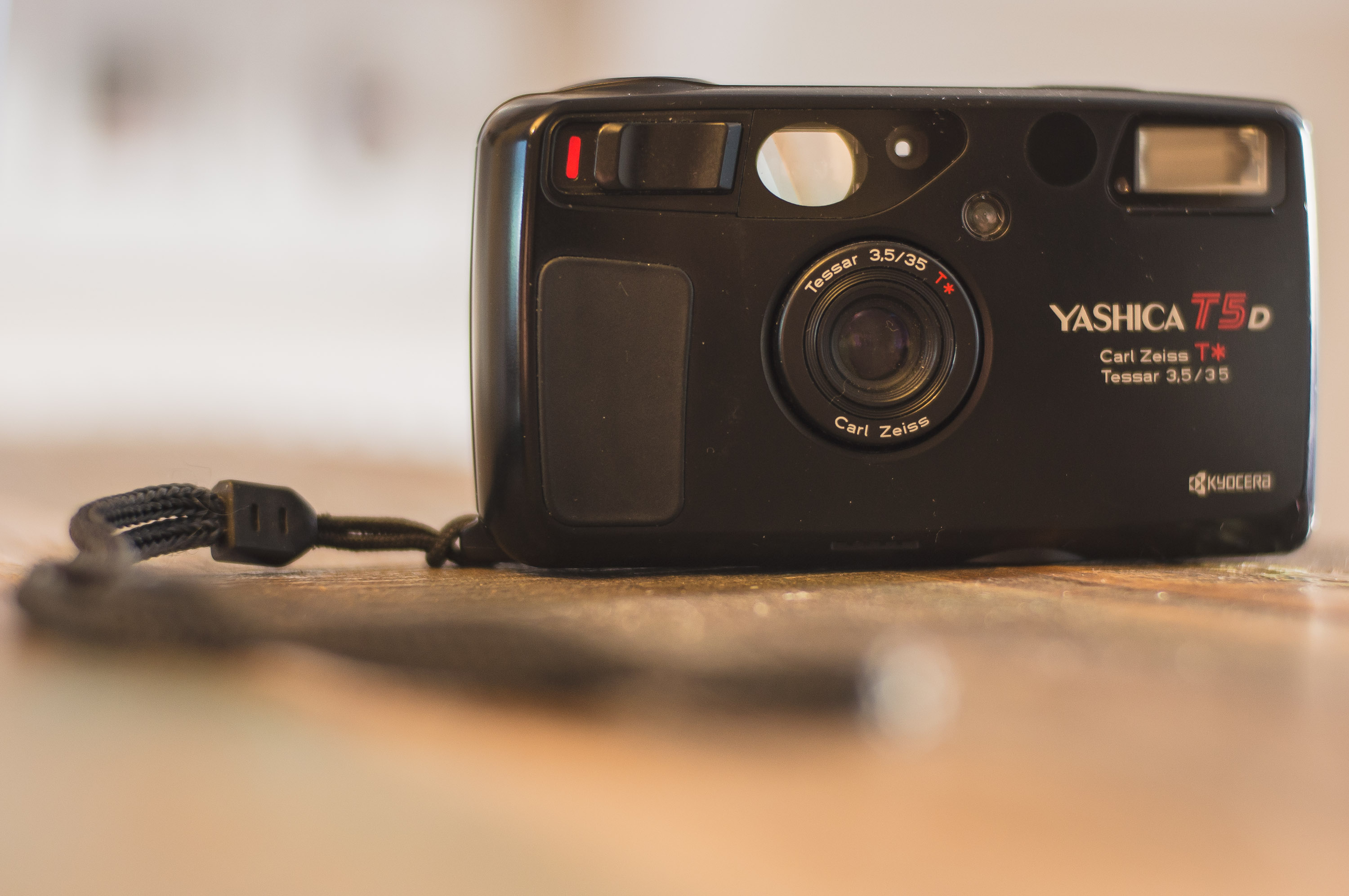 The 5 Best Point-and-Shoot Yashica T4 - Film Cameras - FilterGrade