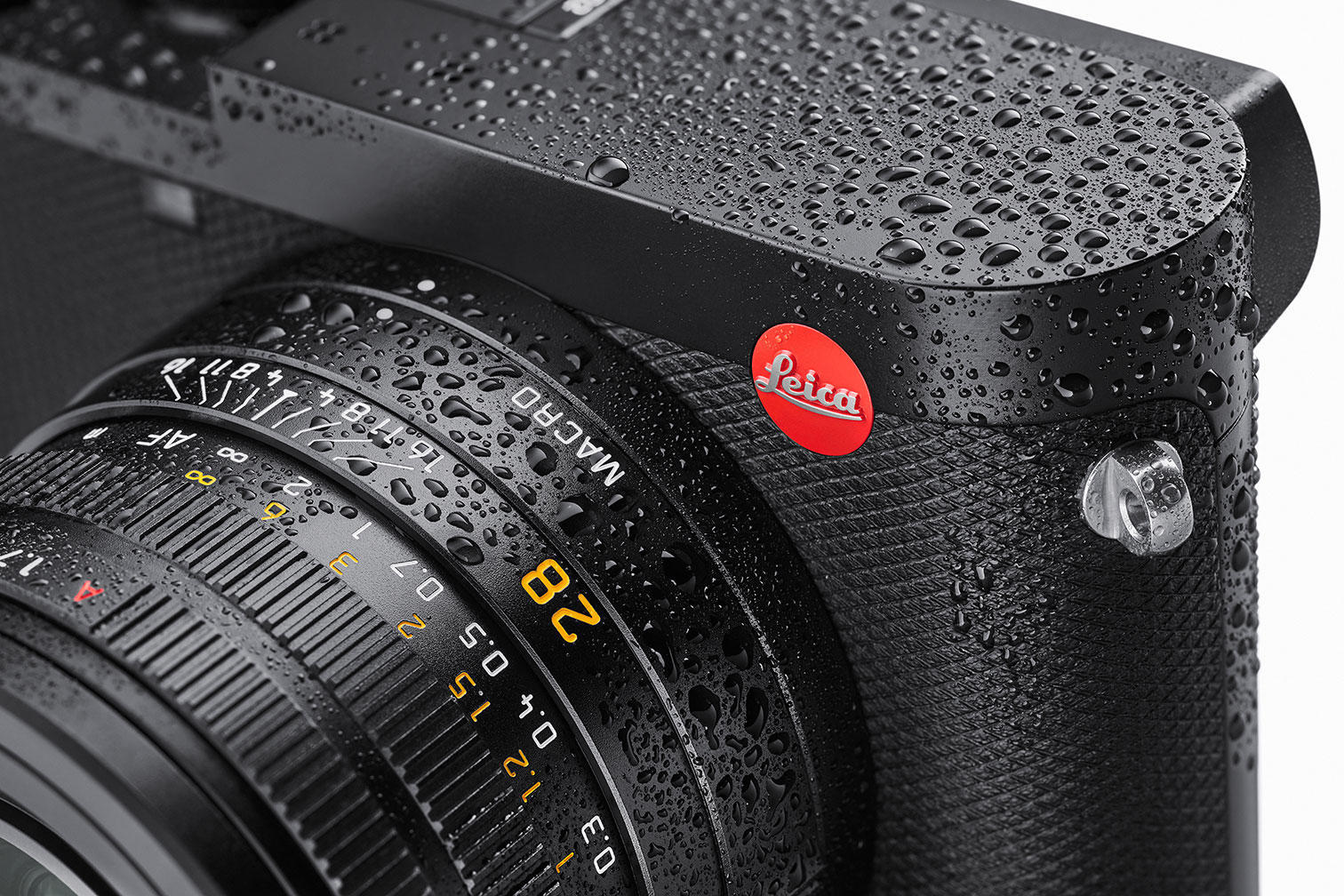 leica q2 weather sealed