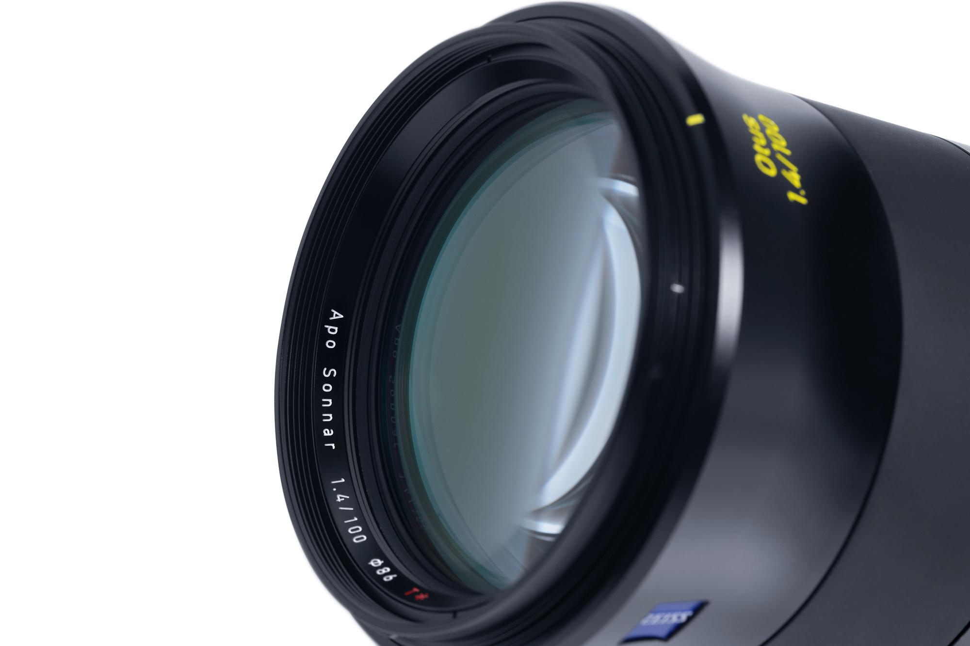 ZEISS Otus 1.4/100 lens